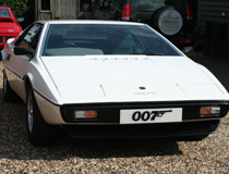 Bond Esprit used in bond film 185